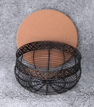 antique-wire-basket-958568.jpg