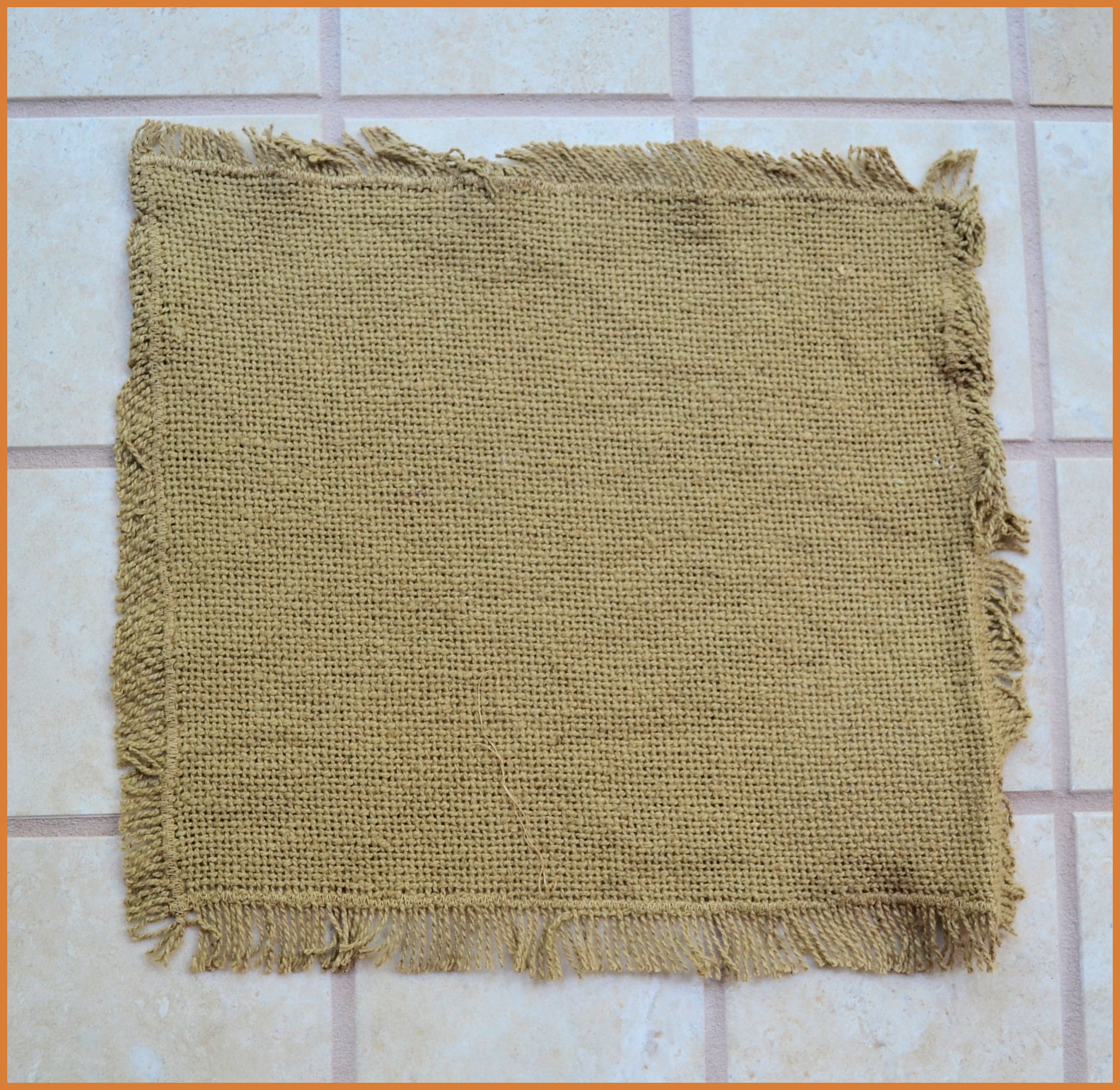 da-burlap-natural-tablemat-fringed-9x9-419850060.jpg