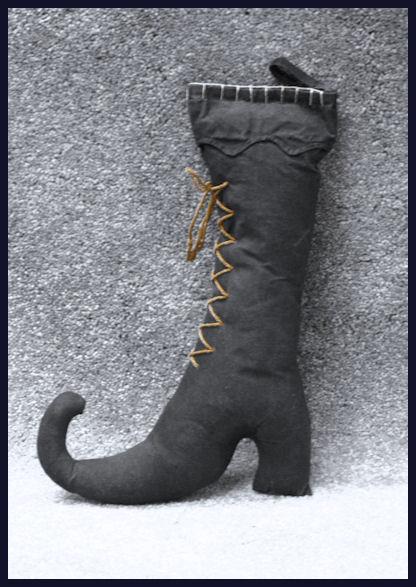 da-witch-boot-20467207.jpg