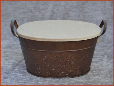 metal-container-oval-embossed-with-mdf-lid-120110012-sm.jpg