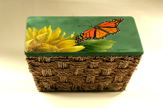 monarch-4-on-basket-lid.jpg