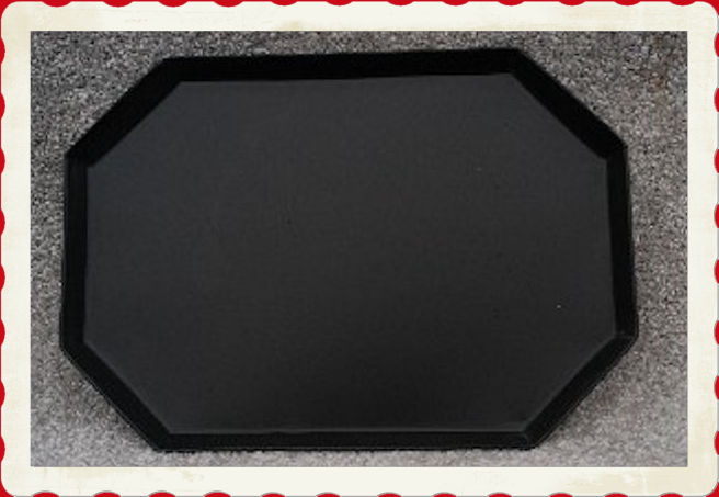 tray-cut-corner-tray-with-frame.jpg