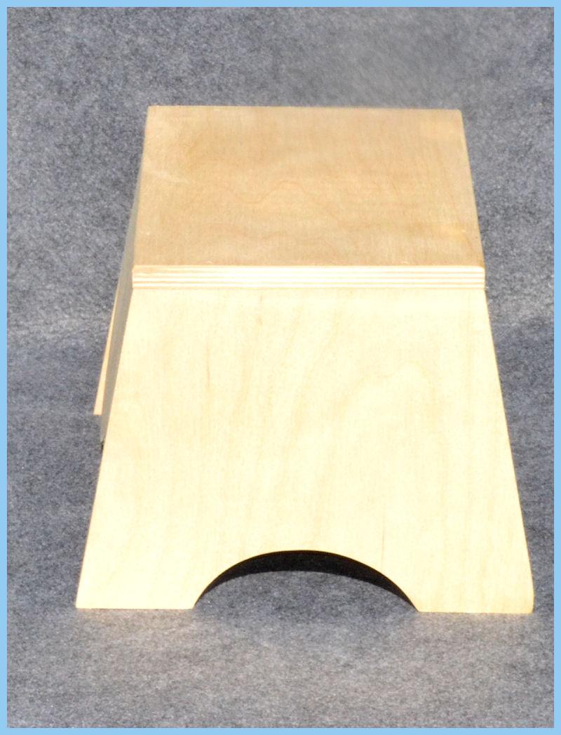 wood-stool-charlottes-sv.jpg