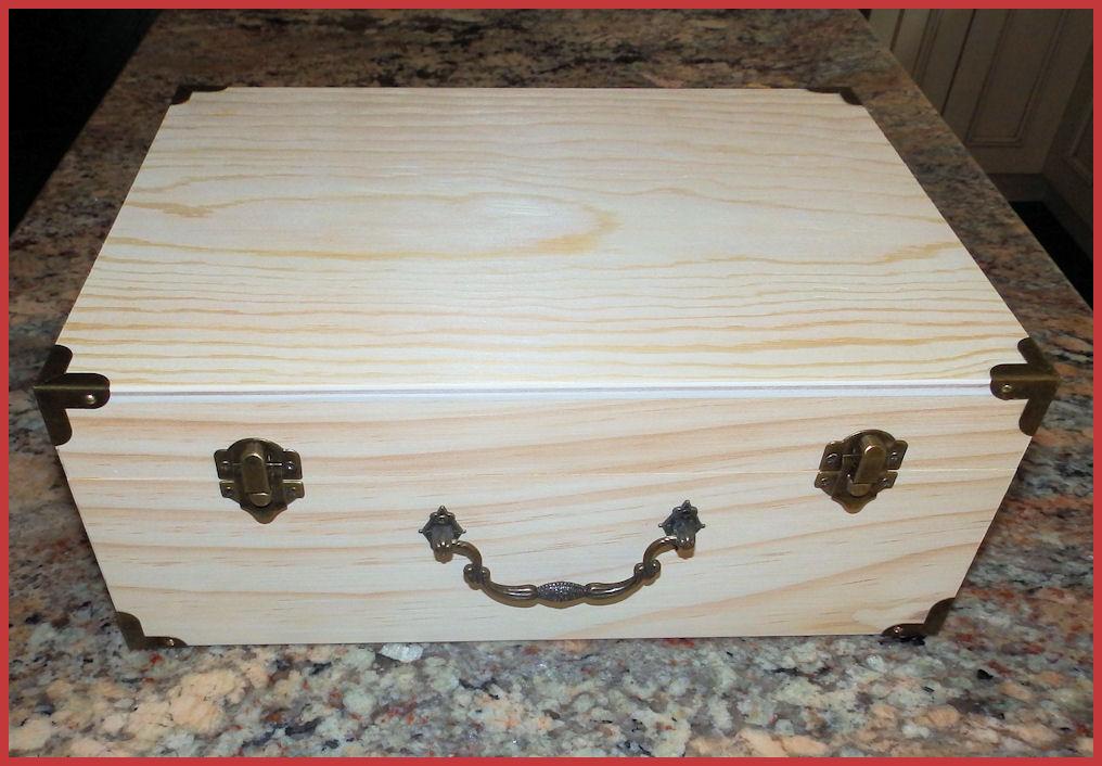 wood-suitcase-1923130l.jpg