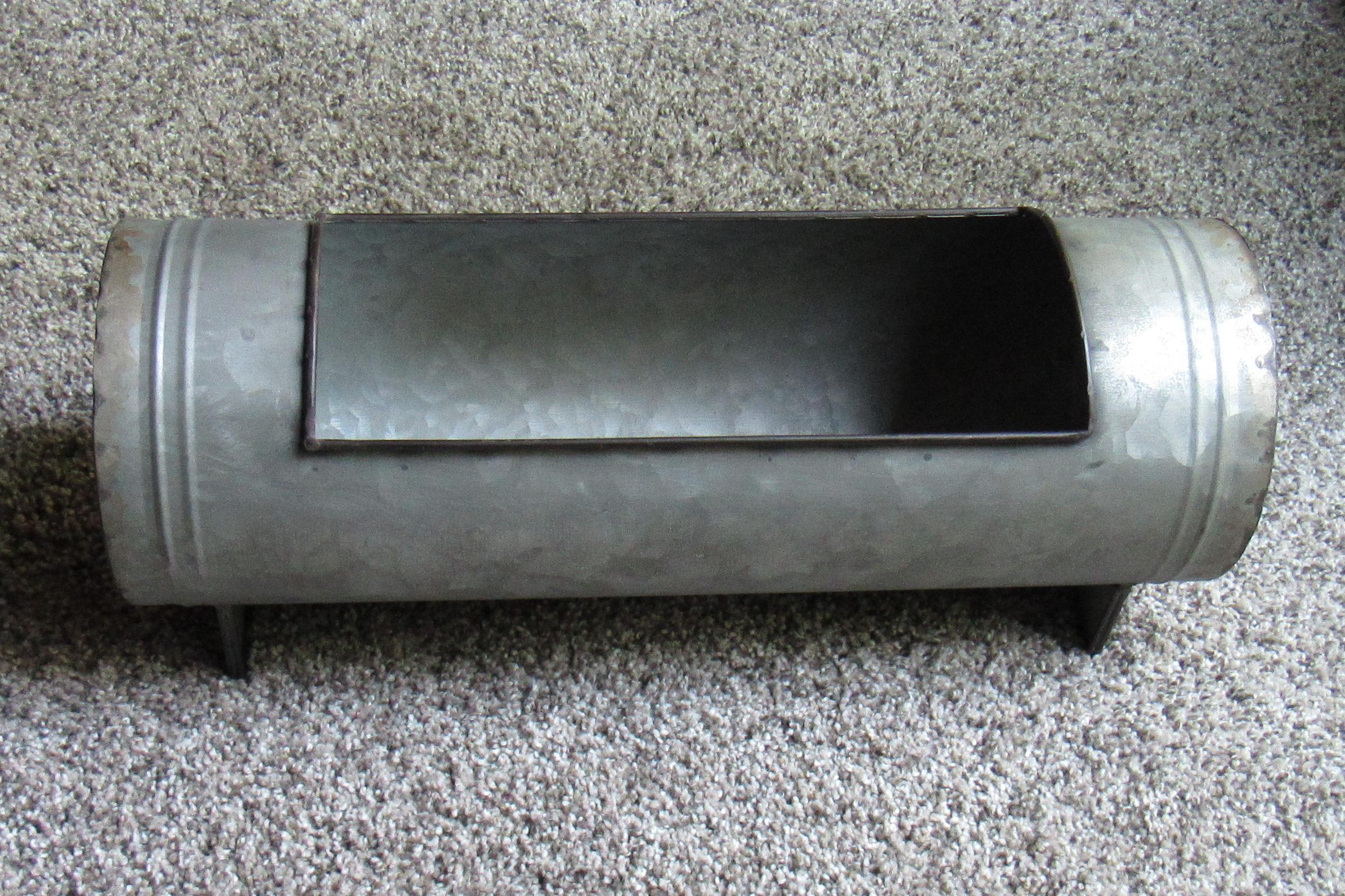 metal-vase-round15-x-5-tmx76134.jpg